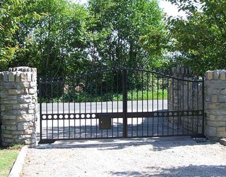 services-gates-4